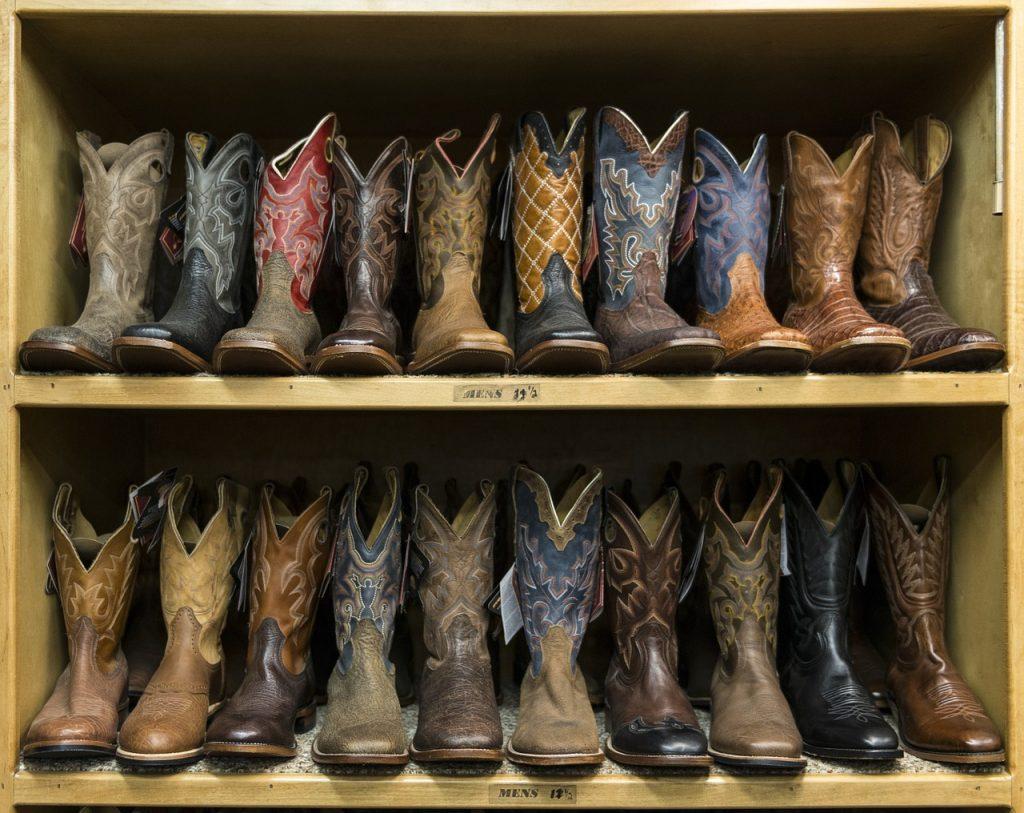 cowboy-boots-553668_1280