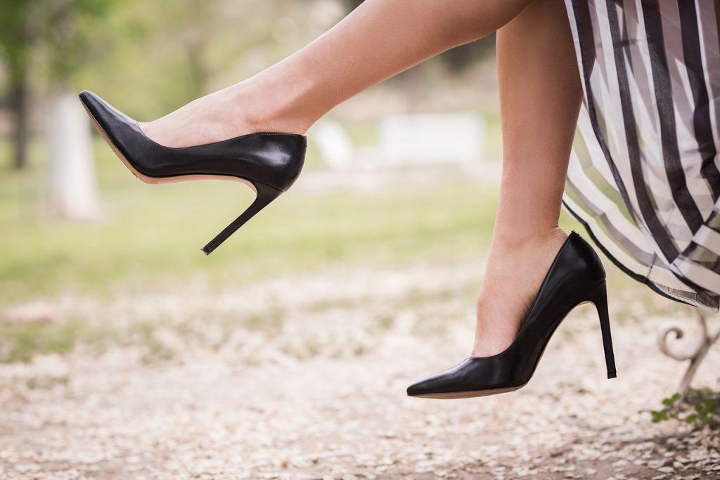 shoe-2538424_1280